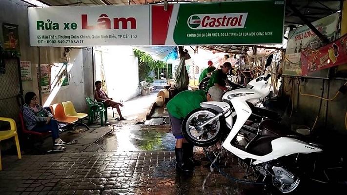 Chú trọng tới việc đào tạo thái độ, chuyên môn của thợ rửa xe