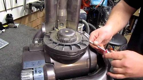 Sửa chữa động cơ máy hút bụi công nghiệp