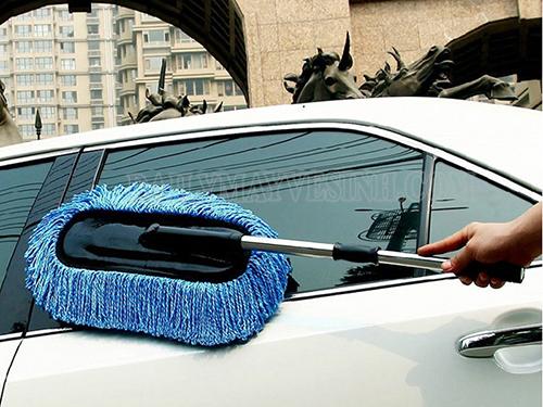 Khi xe bẩn thì bạn nên thực hiện việc rửa xe càng sớm càng tốt