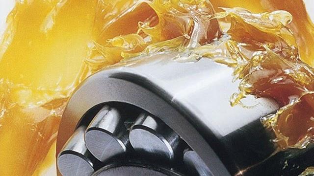 Mỡ bôi trơn giúp các máy móc hoạt động trơn tru