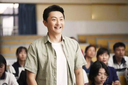 Đồ Tùng Nam trong vai Lý Hải Triều