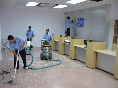 Sử dụng máy hút bụi đúng cách cho hiệu quả vệ sinh vượt trội