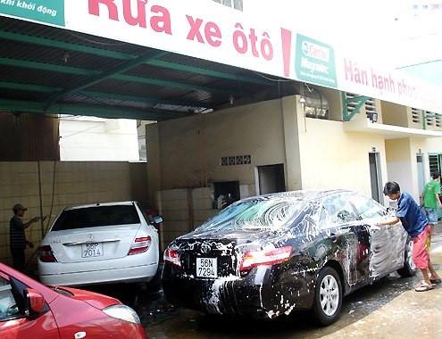 Rửa xe ô tô bao nhiêu tiền?
