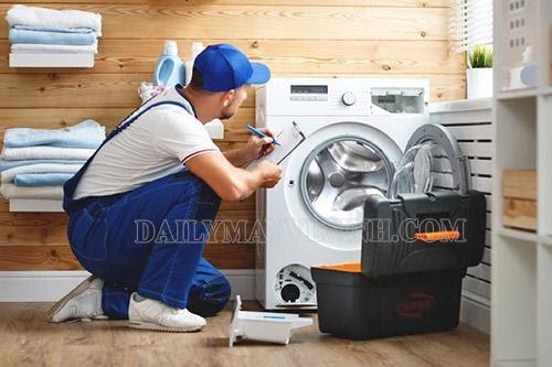 Nguyên nhân và cách khắc phục máy giặt vắt yếu cực hiệu quả